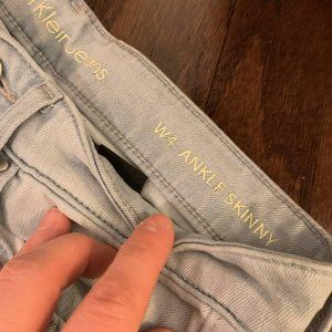 Calvin Klein Jeans Size 4 ankle skinny.